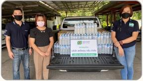 บริษัท สหโคเจน กรีน จำกัด มอบน้ำดื่มให้กับ บริษัท แพนดอร่า โพรดักชั่น จำกัด